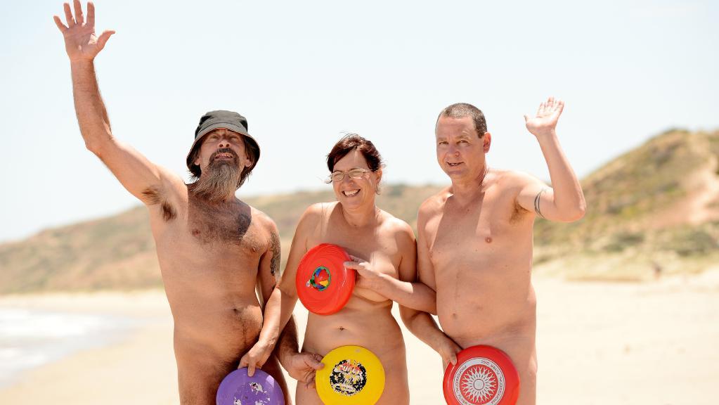 Get Yer Gear Off At The Maslin Beach Games Posts By The Upside Down Under Blog Bloglovin